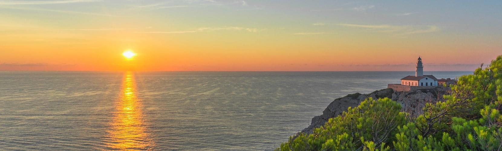 Słoneczna pogoda na balearskiej wyspie Majorka
